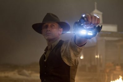 Cowboys & Aliens Review - OC Movie Reviews - Movie Reviews, Movie News, Documentary Reviews, Short Films, Short Film Reviews, Trailers, Movie Trailers, Interviews, film reviews, film news, hollywood, indie films, documentaries