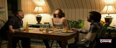 10 Cloverfield Lane Review - OC Movie Reviews - Movie Reviews, Movie News, Documentary Reviews, Short Films, Short Film Reviews, Trailers, Movie Trailers, Interviews, film reviews, film news, hollywood, indie films, documentaries