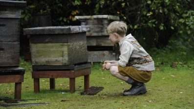 Tell It To The Bees Review - OC Movie Reviews - Movie Reviews, Movie News, Documentary Reviews, Short Films, Short Film Reviews, Trailers, Movie Trailers, Interviews, film reviews, film news, hollywood, indie films, documentaries, TV shows